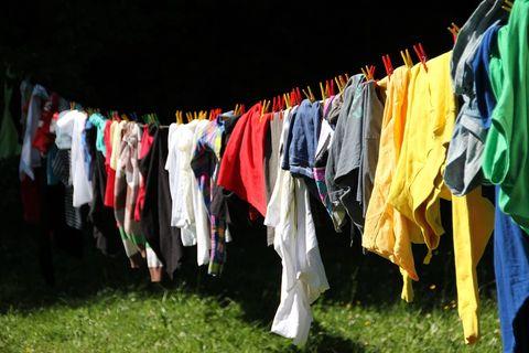 Umgangsberechtigte müssen keine Kleidung anschaffen